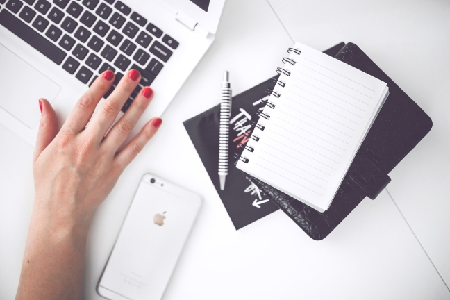 Blogging via Pexels